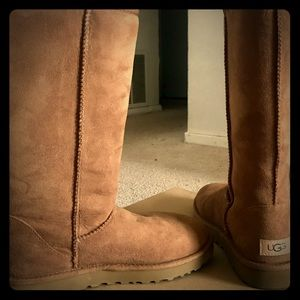 UGG classic tall II CHESTNUT COLOR  BOOTS